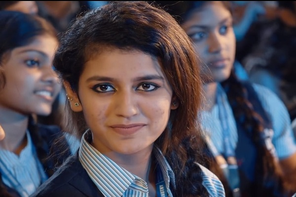 Priya Prakash Varrier Age Wiki Biography Height